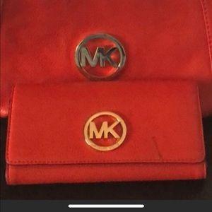 MK mandarin wallet